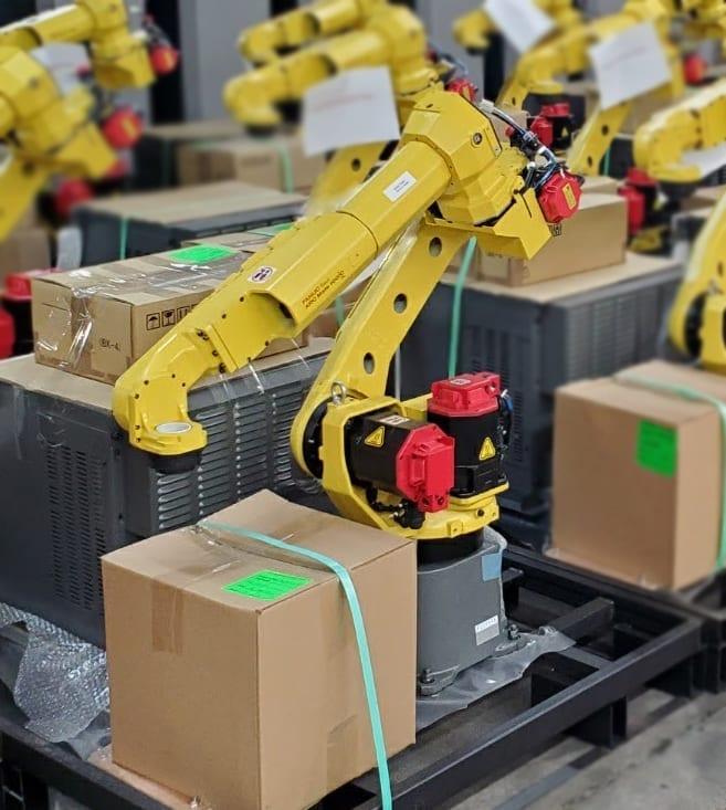 Fanuc Arc Mate 100iC/7L R-30iB Plus Robot
